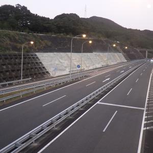 佐賀高速道路事務所管内のり面補修工事