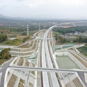 高速道路のり面対策工事